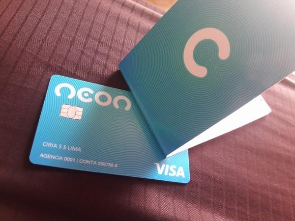 cartão do banco neon chegou