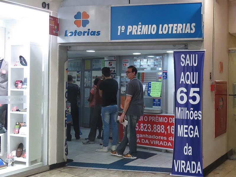 fachada de uma loteria caixa