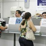 Posso retirar meu dinheiro do banco sem cartão de débito?